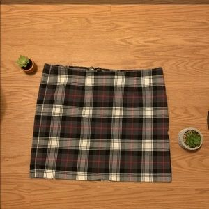 Women's Tommy Hilfiger mini skirt for fall